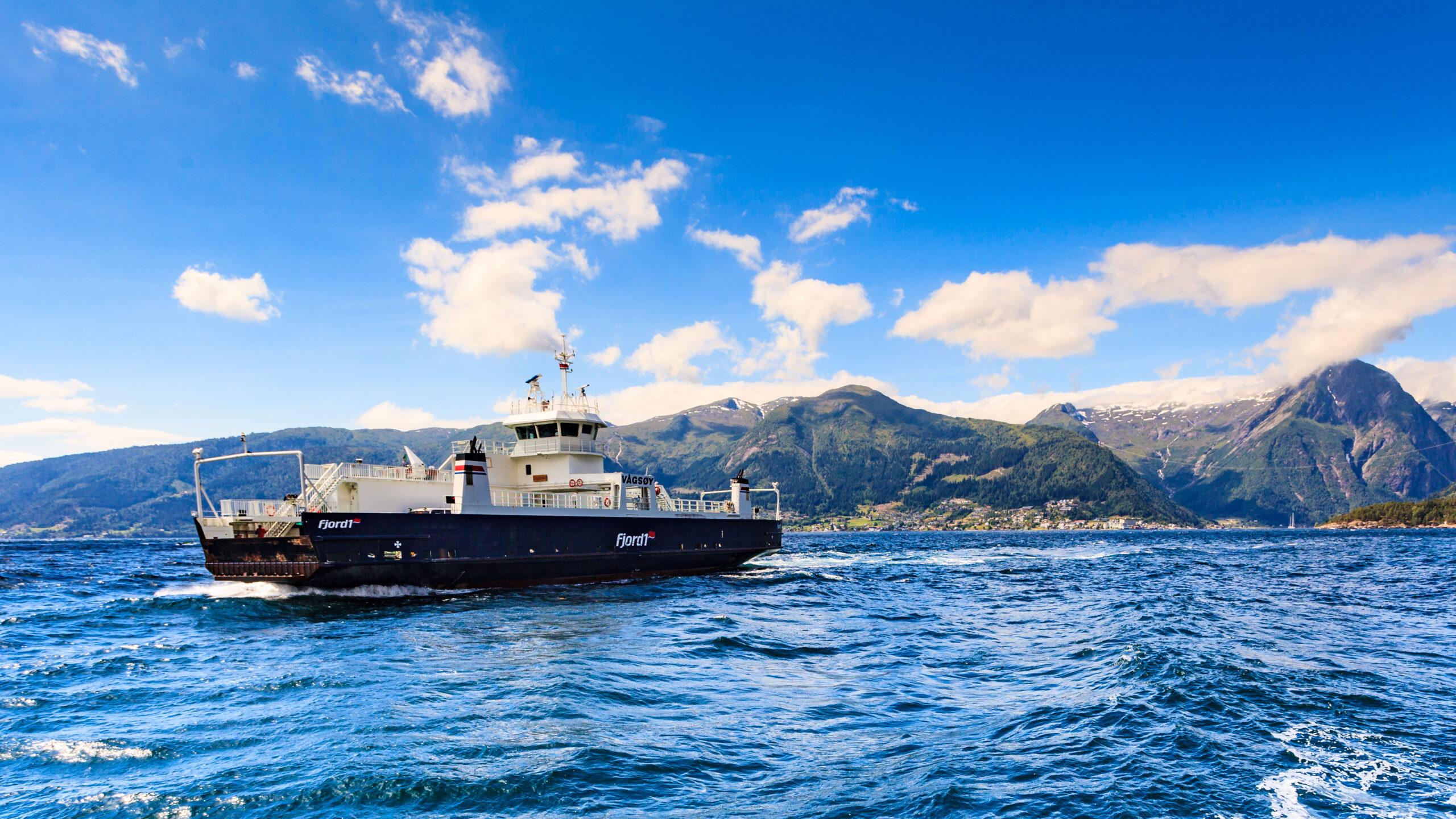 Fundamental og teknisk analyse aksjer Norge firma