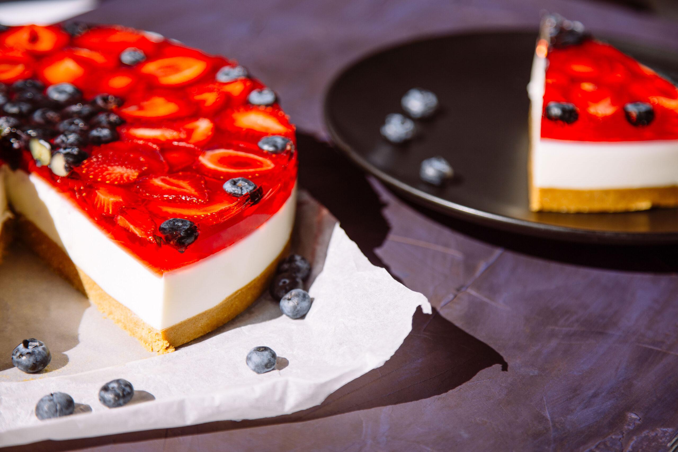 Hvordan lage kakepynt gelelokk til kaker