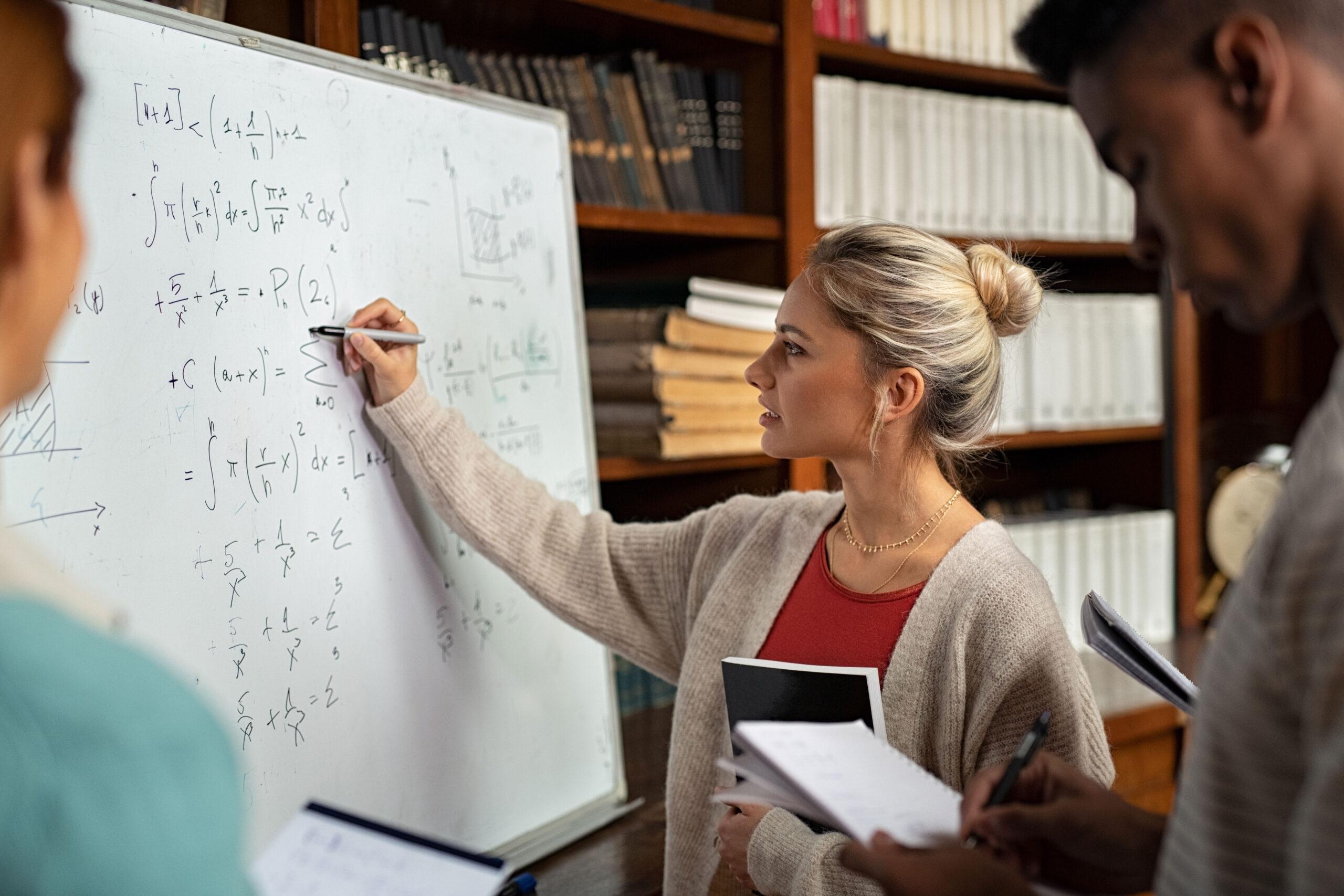 Hvordan løse likninger med to ukjente