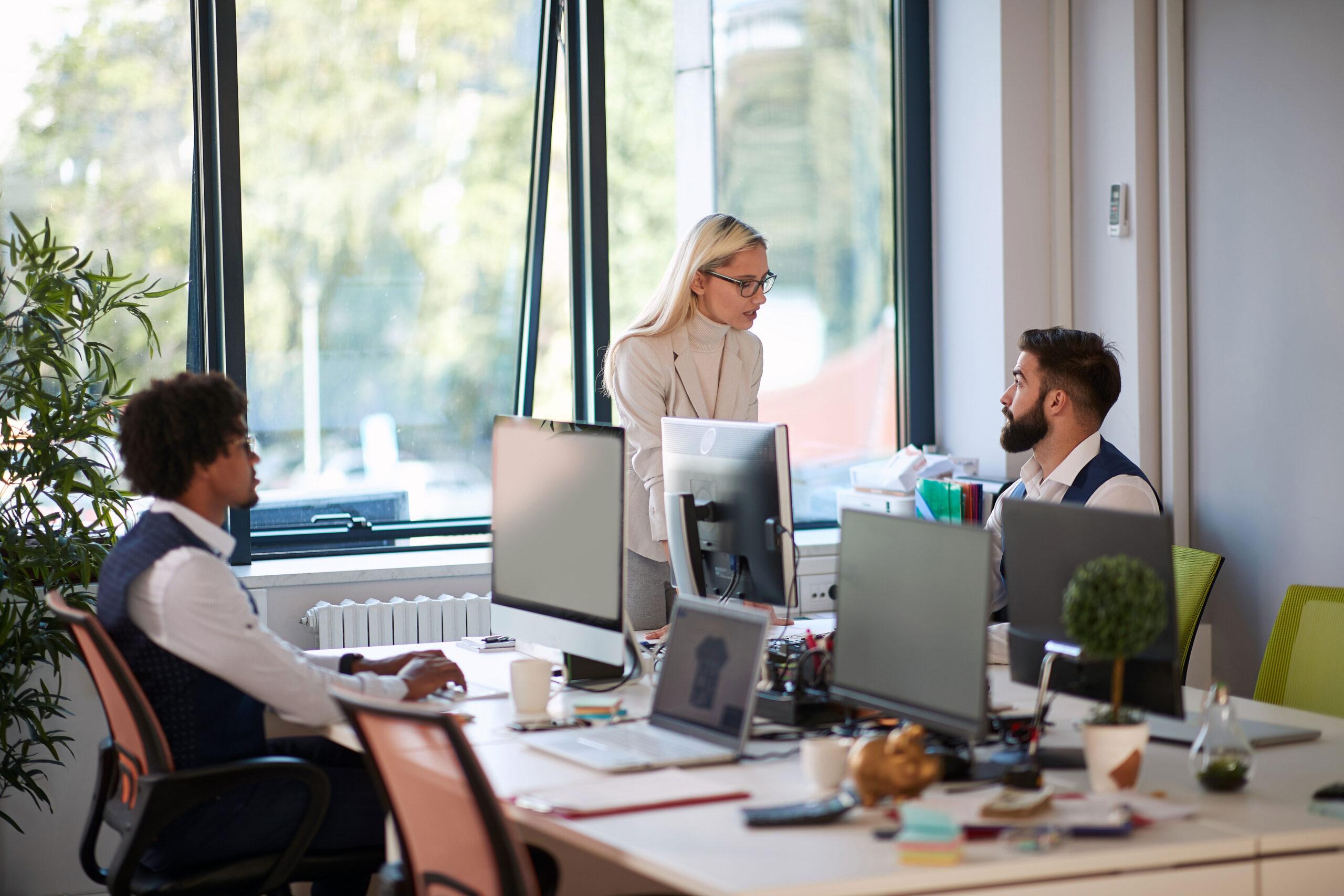 hvordan utvikle ansatte sjef samtale teambuilding